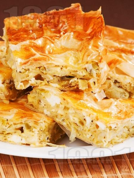 Баница с праз и сирене - снимка на рецептата